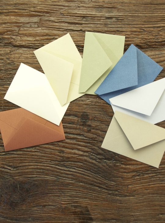 11x7-coloured-envelopes