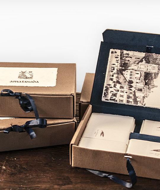 Velvet Deluxe gift box